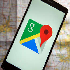 Google launches a home screen on its Maps